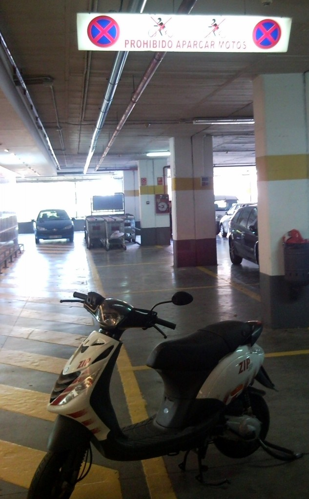 motorbike parking in almeria
