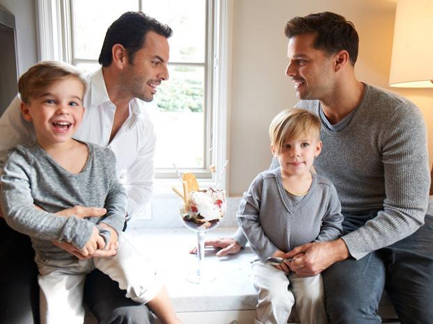 Ricky Martin Carlos Gonzalez Ricky Martin splits fr...